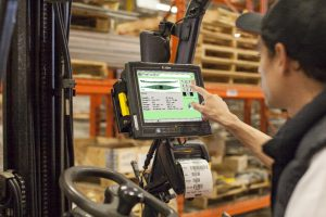 enterprise mobility enables workers to run reports and print labels from anywhere in the warehouse